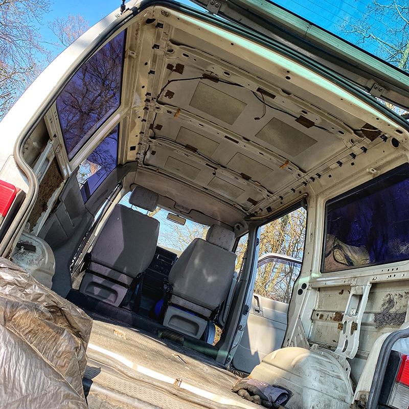 T4 Transporter komplett entkerne von Innen, ein erster Checkup für den Bulliausbau
