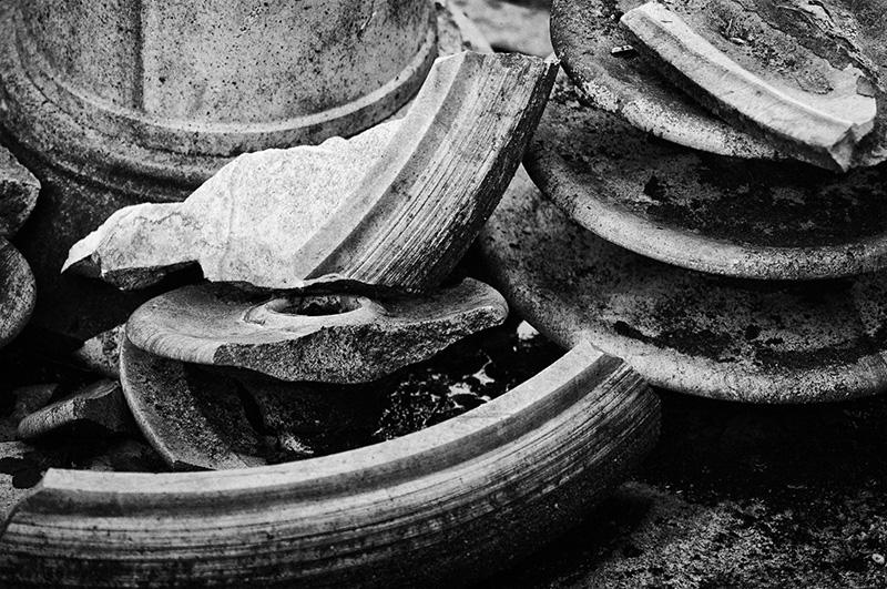 Wabi-sabi - unvollkommenen alte zerbrochenen Keramikteile
