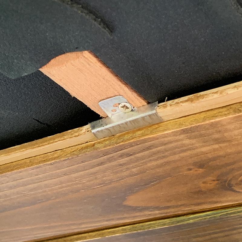 Bulliausbau Innenraum - Verdeckte Befestigung der Deckenhölzer