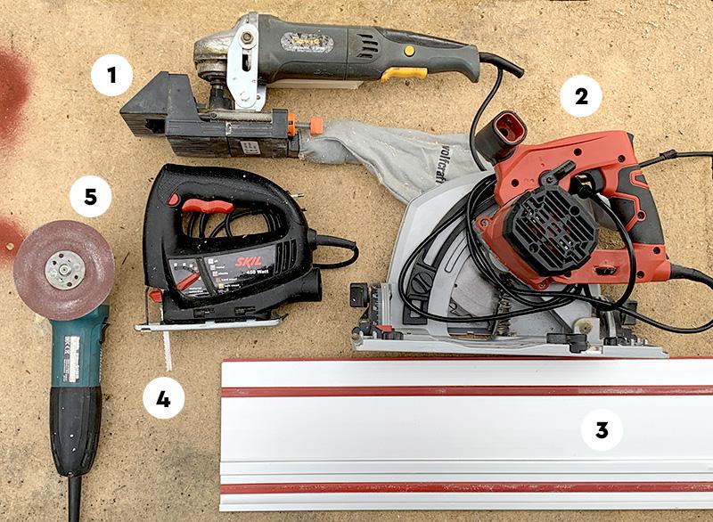 Nützliche Maschine für die Herstellung der Holzverbindungen