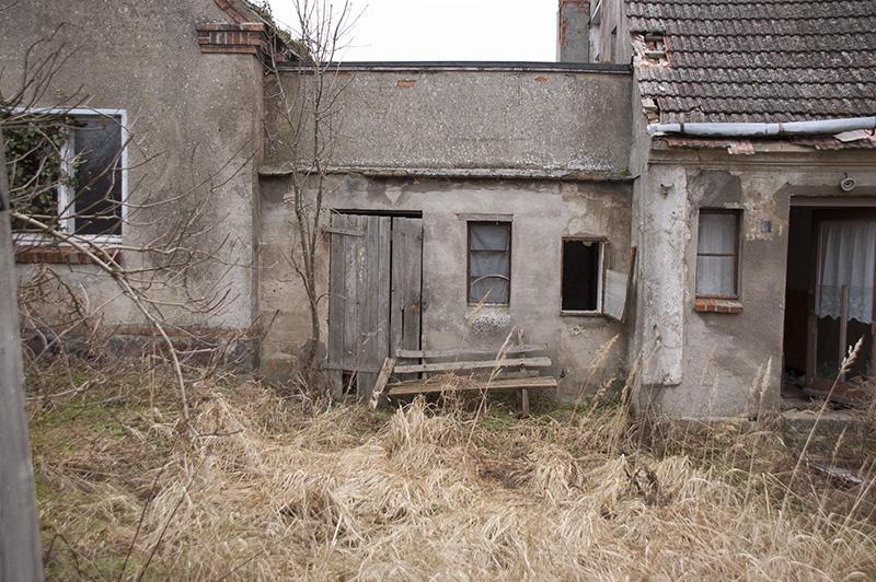 Der Schnappschuss vom Haus in seiner Ursprünglichen Form, noch nicht als schwarz weiß Photo
