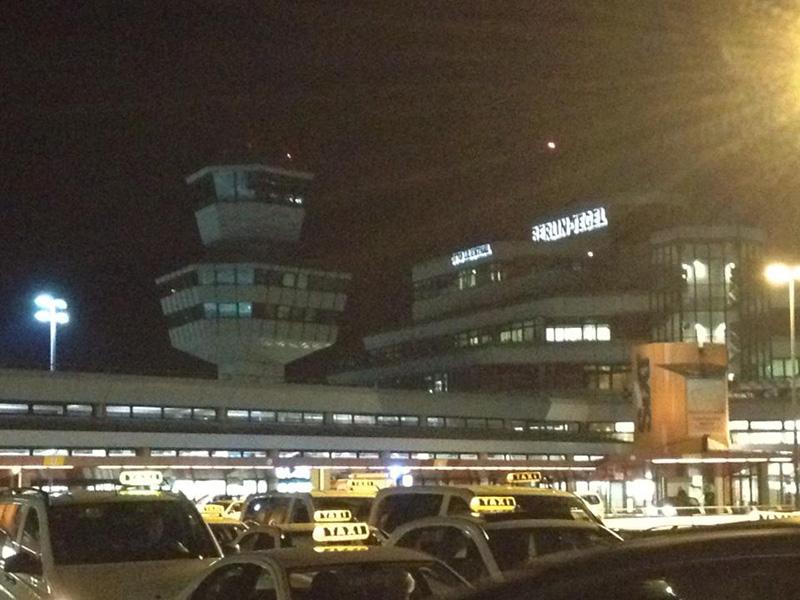 Flughafen Berlin Tegel - Der Auftakt zu einer Rundreise nach Kappadokien in der Türkei