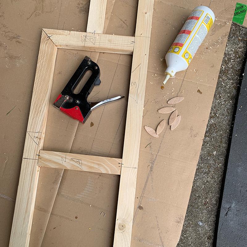 Der Möbelbau im Campervan - Das Bettgestell
