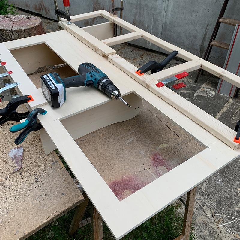 Der Möbelbau im Campervan - Seitenschrank auf der Fahrerseite