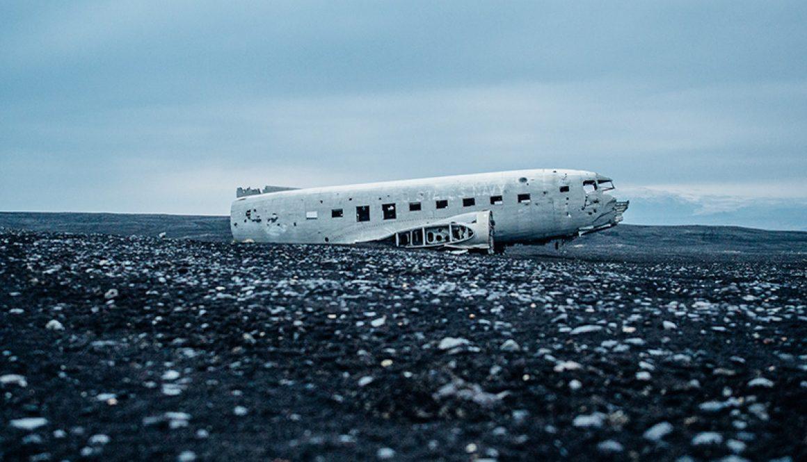 Ein altes Flugzeugwrack - Flughafen Heringsdorf Usedom