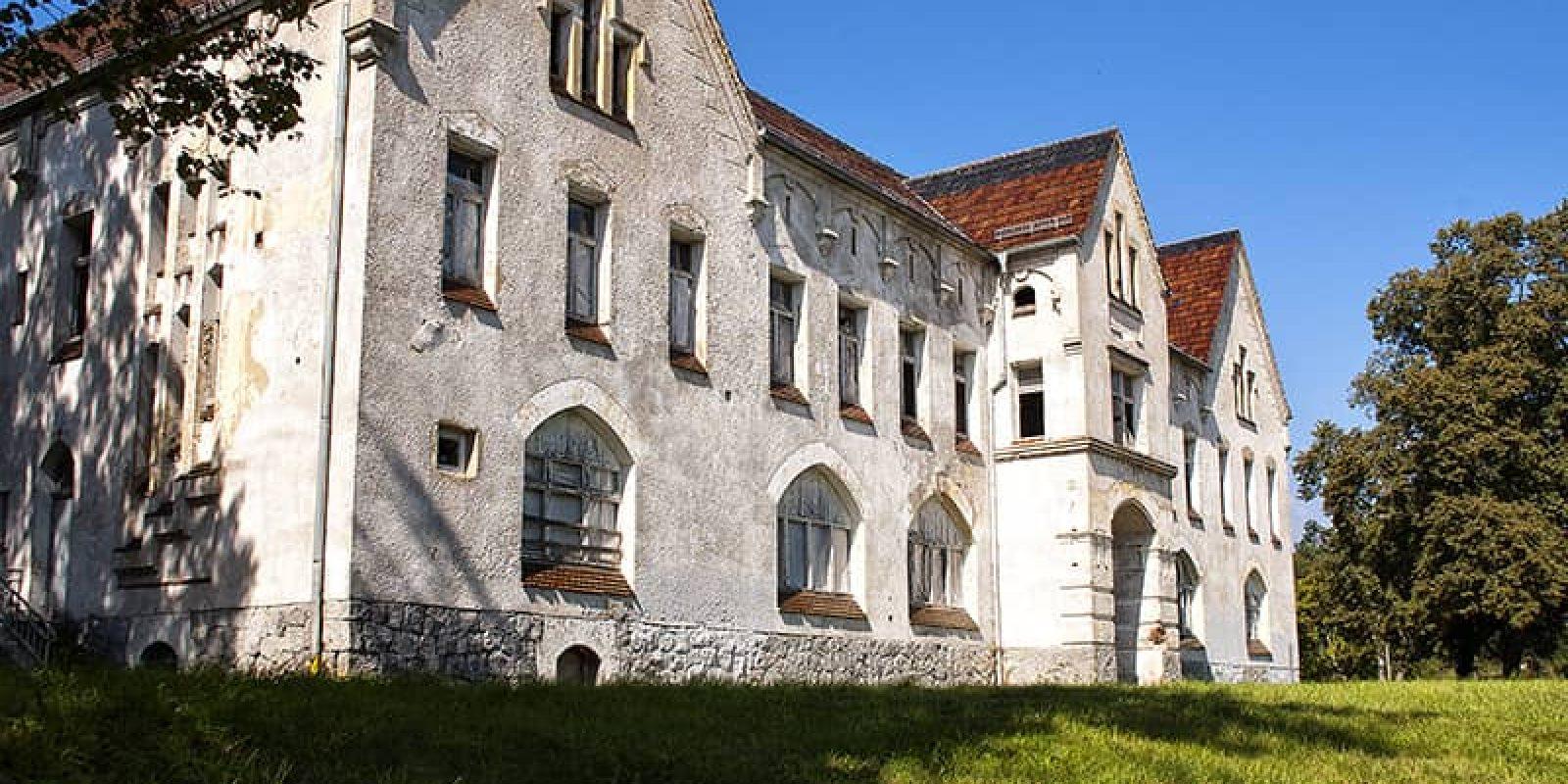 Landesirrenanstalt Domjüch Neustrelitz